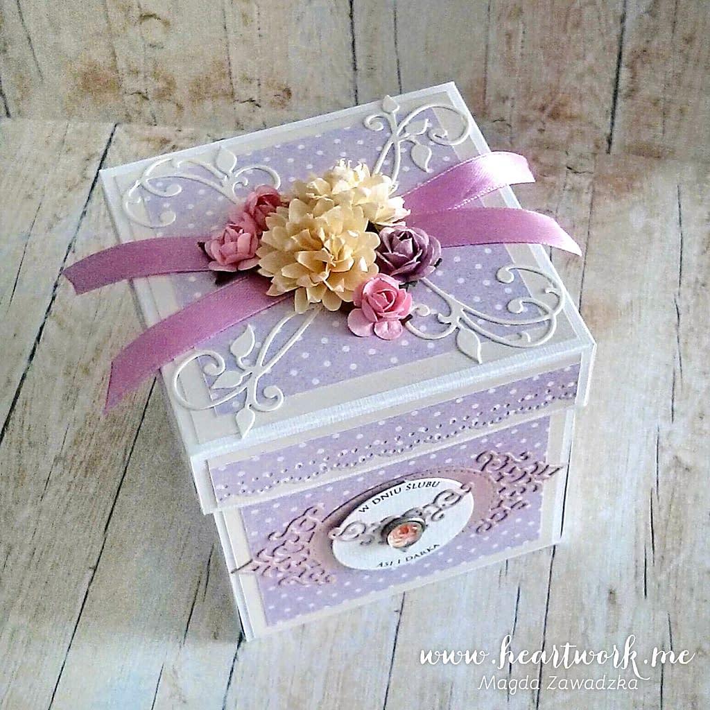 Fioletowy exploding box na ślub.Ręcznie robiony exploding box. Prezent z okazji ślubu.