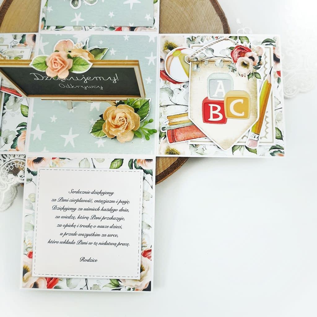 Ręcznie robione pudełko typu exploding box jako pomysł na podziękowanie dla pani uczącej w przedszkolu. Exploding box z podziękowaniami dla nauczycielki.