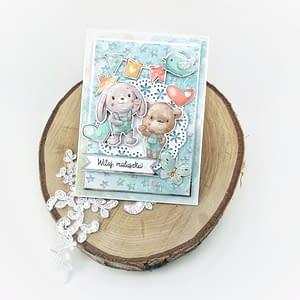 """Kartka z napisem """"Witaj maluszku"""". Ręcznie robiona kartka z gratulacjami dla rodziców."""