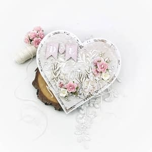 Ręcznie robiona kartka w kształcie serca. Kartka z personalizowanym napisem to idealny prezent na ślub.