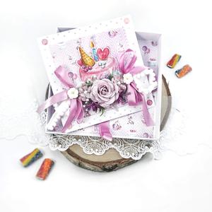 Fioletowa kartka urodzinowa z jednorożcem. Ręcznie robiona kartka w pudełku.