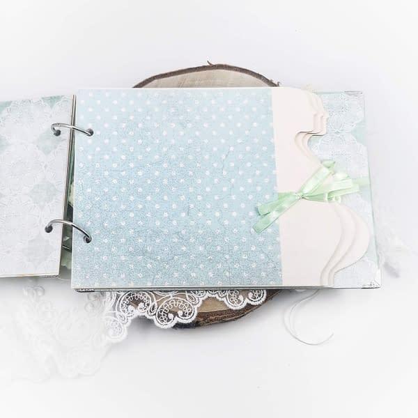 Miętowy album ciążowy. Oryginalny album na zdjęcia USG, ozdobiony technikąscrapbooking. Album z personalizacją w cenie.