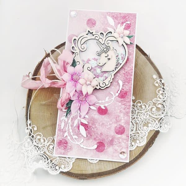 Ręcznie robiona kartka typu shaker box z jednorożcem. Kartka dla dziewczynki na urodziny.